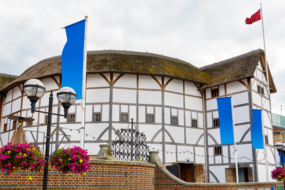 Literary Spots In London To Explore - WorthvieW