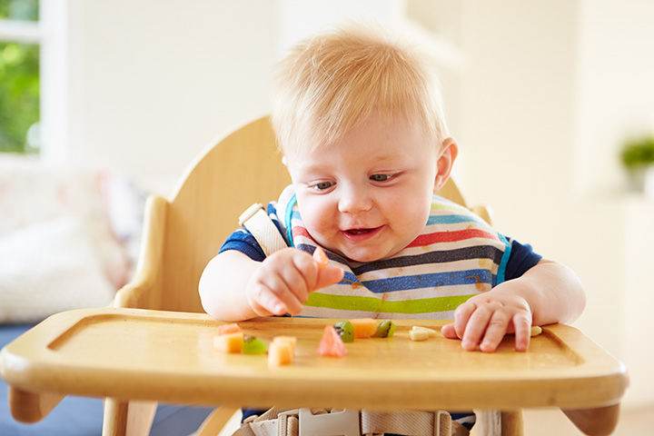 toddler-wit-food