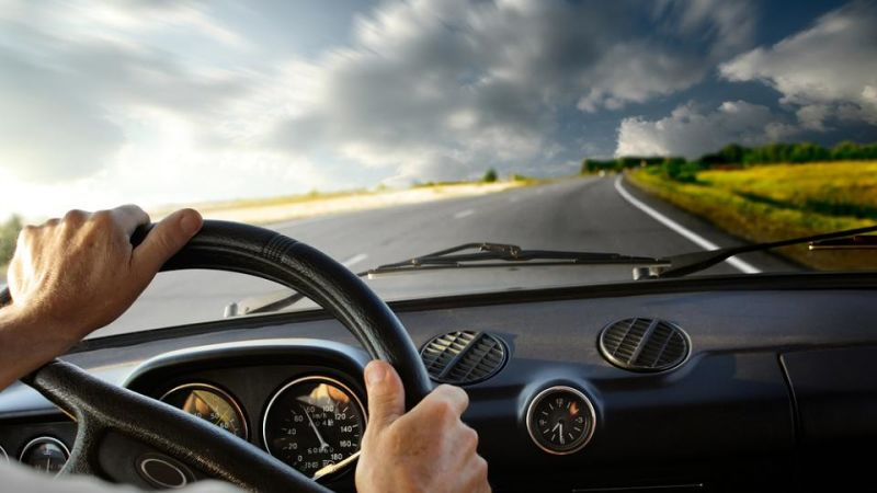 How to Drive Safely - A Fast and Easy Guide - WorthvieW