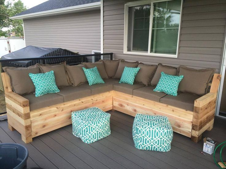 What's the Best Protection for Outdoor Wood Furniture ...