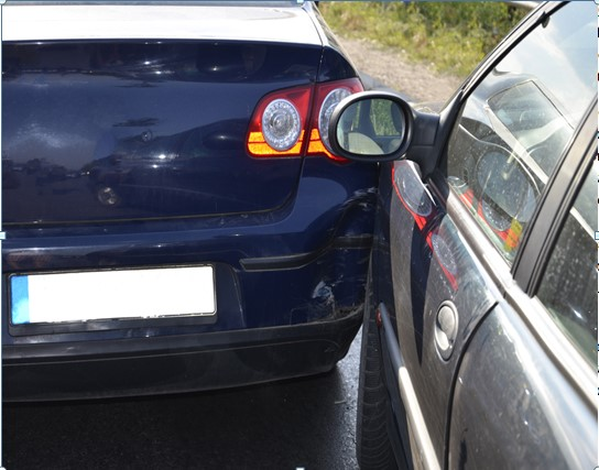 Key Steps On Dealing With A Sideswipe Accident Worthview