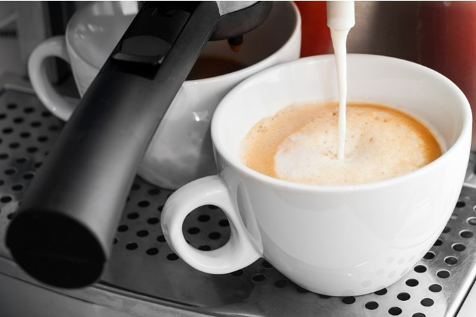 3 Things You Need To Know About Making Hot Chocolate In An Espresso Machine  - WorthvieW