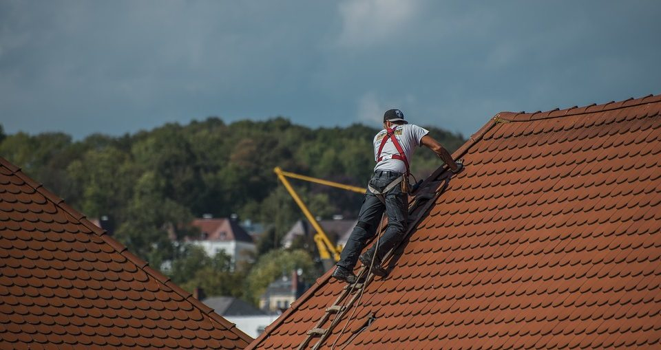 Roof Repair - An Important Aspect Of Home Improvement - WorthvieW