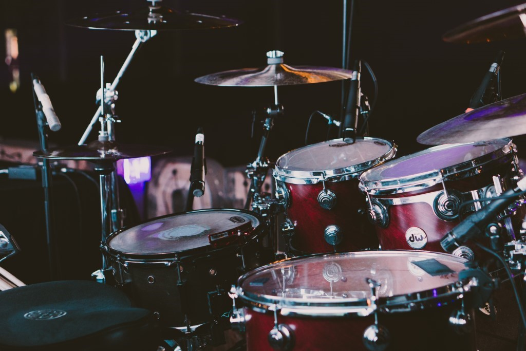 How to Learn a Reggae Drumming Style - WorthvieW