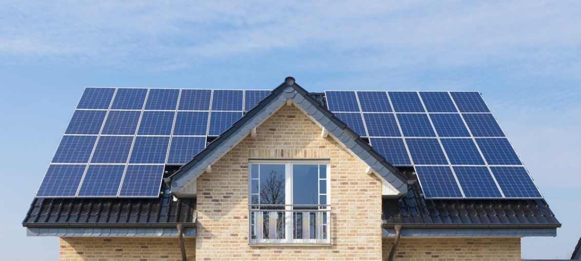 What Are the Advantages and Disadvantages of Using Solar Panels?